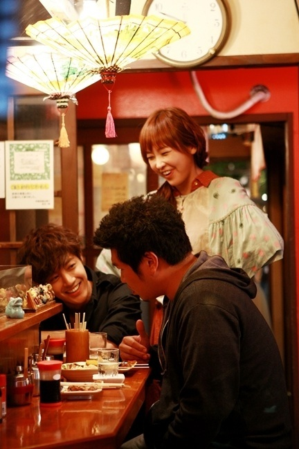Kim Hyun Joong Jung Yoo Mi And Park Kwang Ya Had A Drink Together